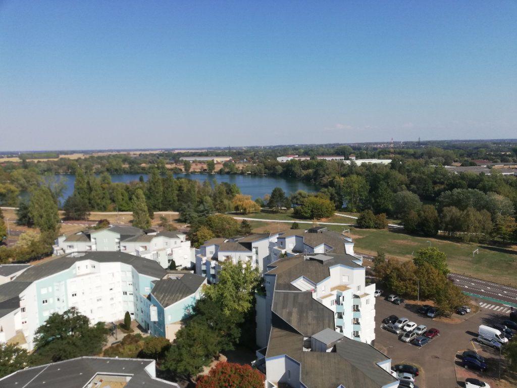 Appartement à vendre 4 78m2 à Chalon-sur-Saône vignette-1