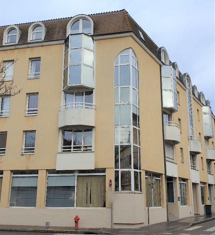 Appartement à vendre 3 66m2 à Chalon-sur-Saône vignette-5