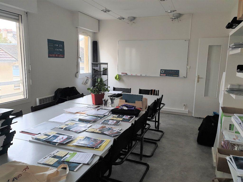 Appartement à vendre 3 66m2 à Chalon-sur-Saône vignette-6