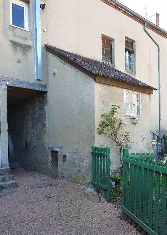 Maison à vendre 4 100m2 à Génelard vignette-1