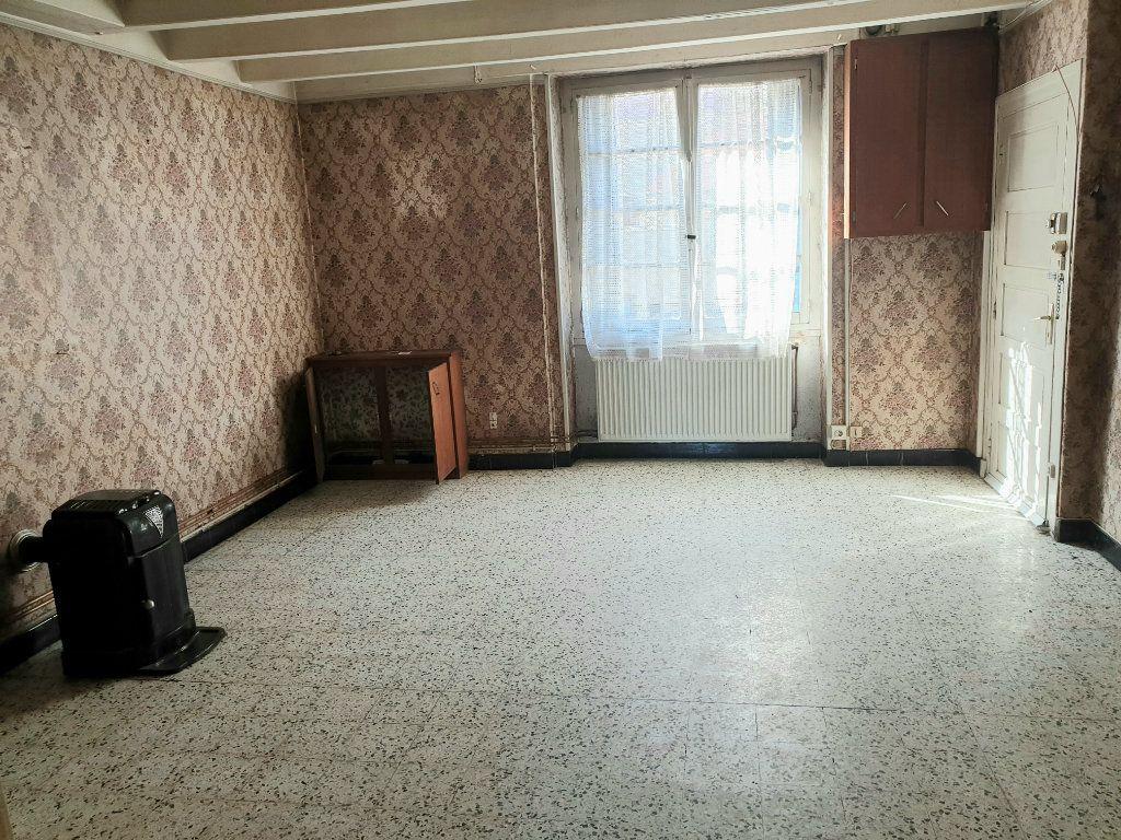 Maison à vendre 4 100m2 à Génelard vignette-3