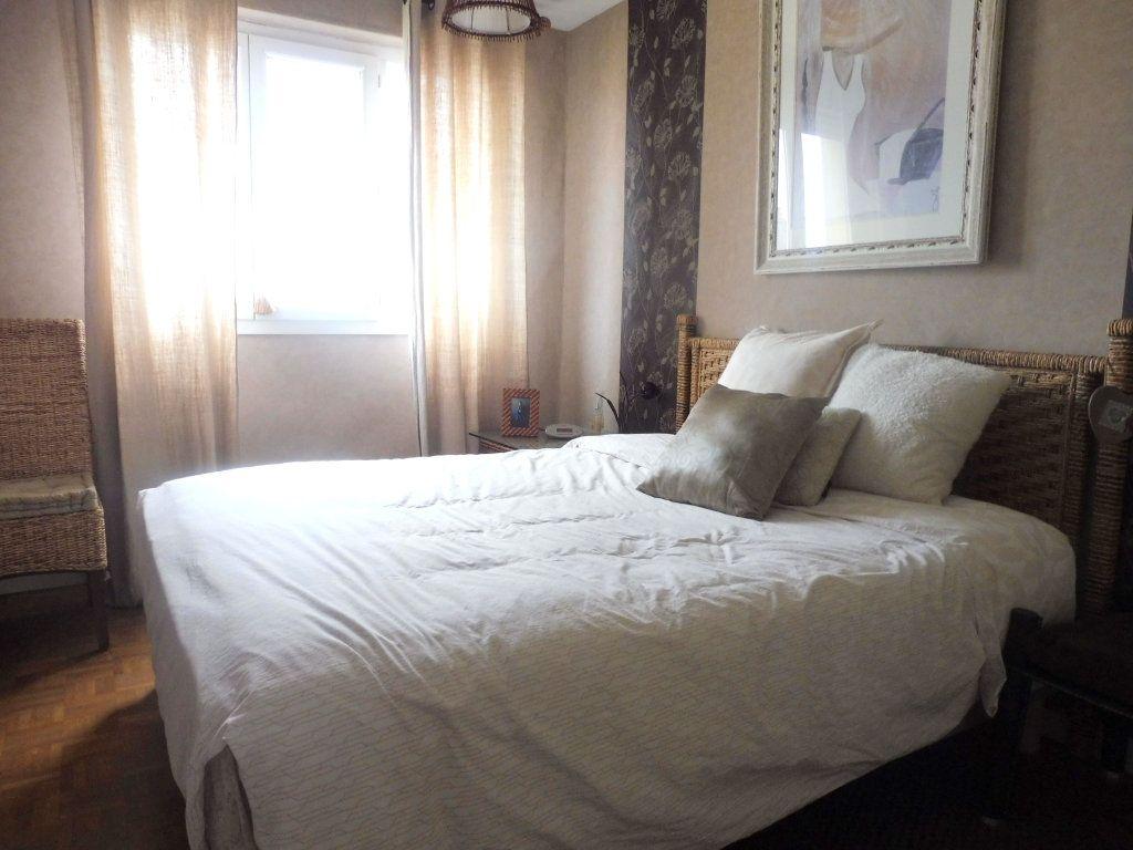 Appartement à vendre 5 75m2 à Chalon-sur-Saône vignette-4