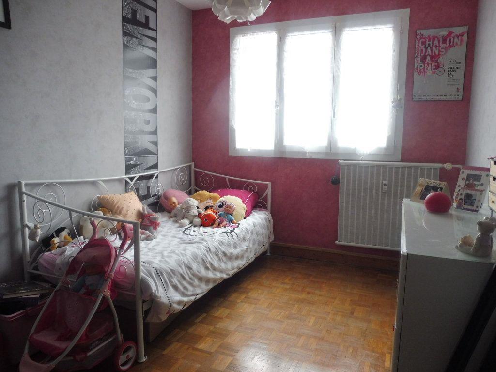 Appartement à vendre 5 75m2 à Chalon-sur-Saône vignette-8