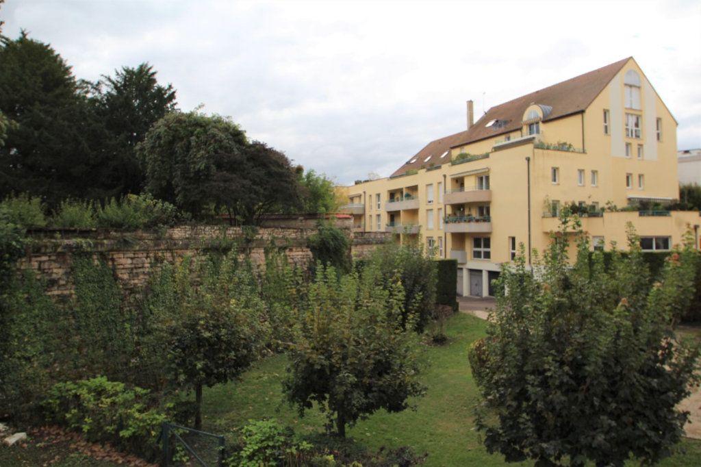 Appartement à vendre 3 62m2 à Chalon-sur-Saône vignette-2