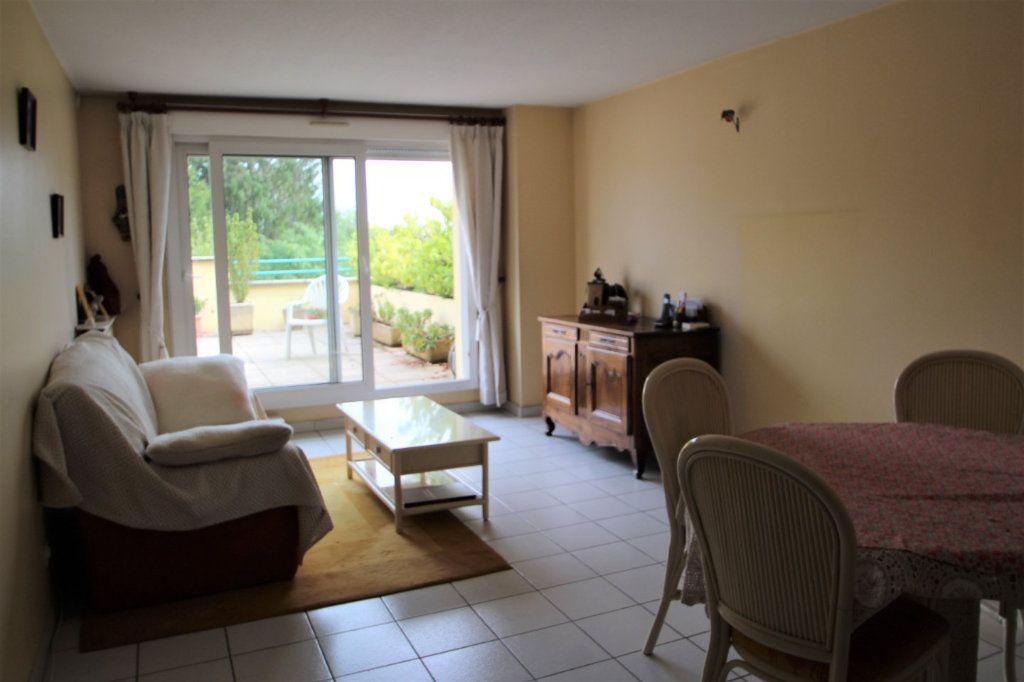 Appartement à vendre 3 62m2 à Chalon-sur-Saône vignette-4