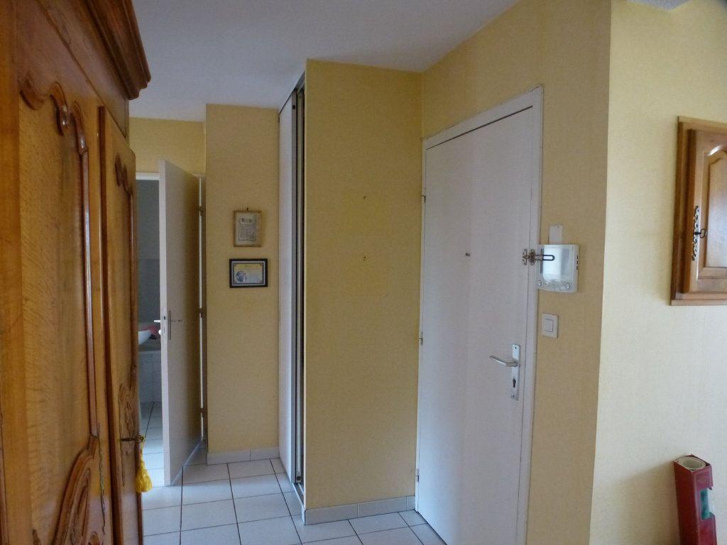 Appartement à vendre 3 62m2 à Chalon-sur-Saône vignette-8
