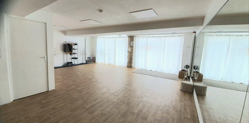 Immeuble à vendre 0 240m2 à Ouroux-sur-Saône vignette-10