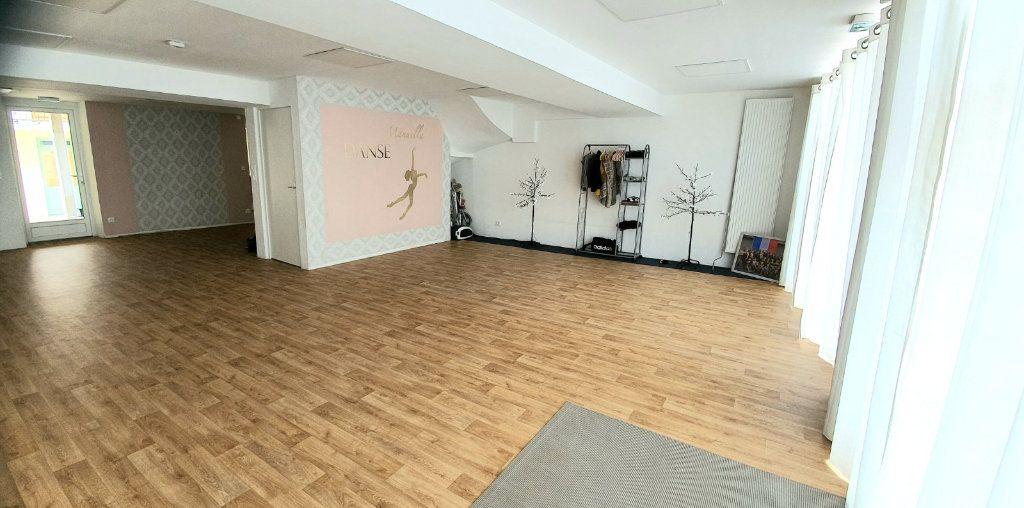 Immeuble à vendre 0 240m2 à Ouroux-sur-Saône vignette-11