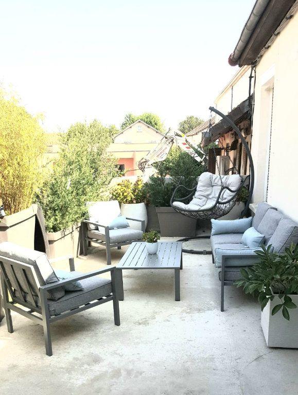 Immeuble à vendre 0 240m2 à Ouroux-sur-Saône vignette-16