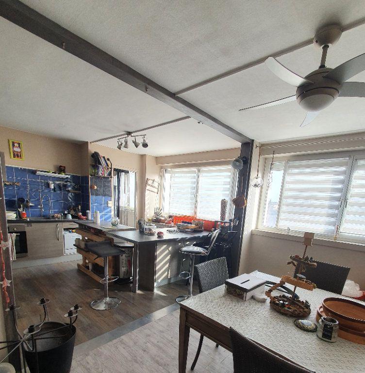 Appartement à vendre 4 78m2 à Chalon-sur-Saône vignette-3