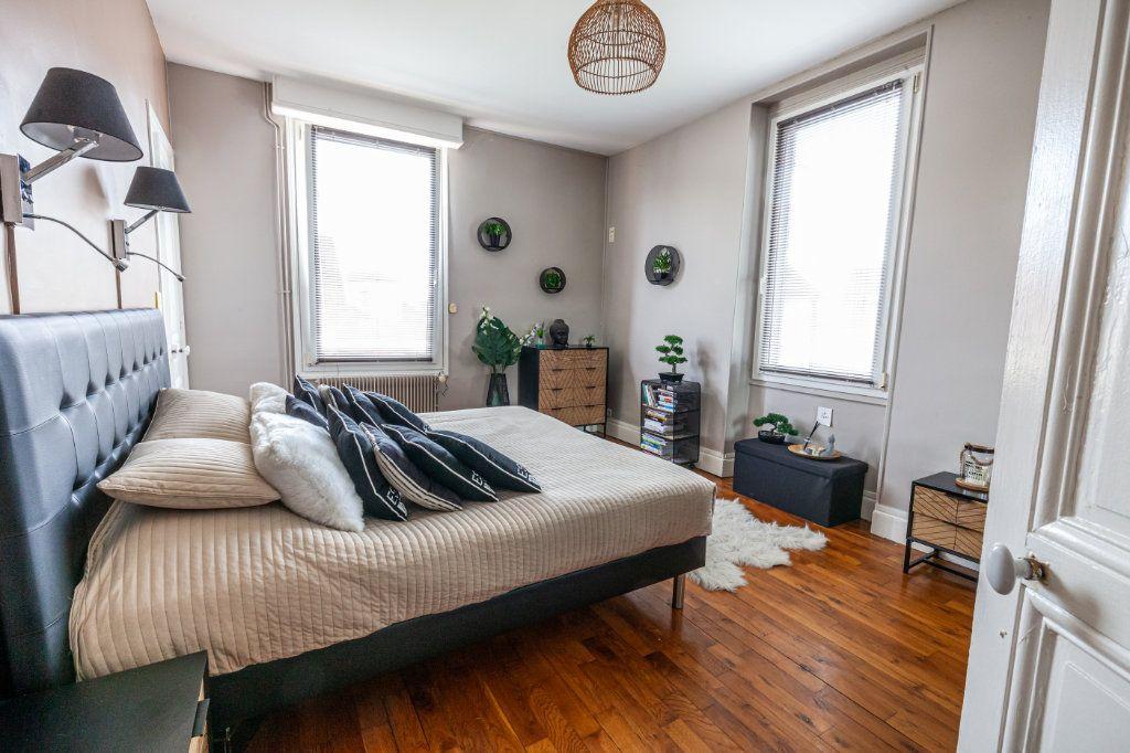 Maison à vendre 13 380m2 à Chalon-sur-Saône vignette-8