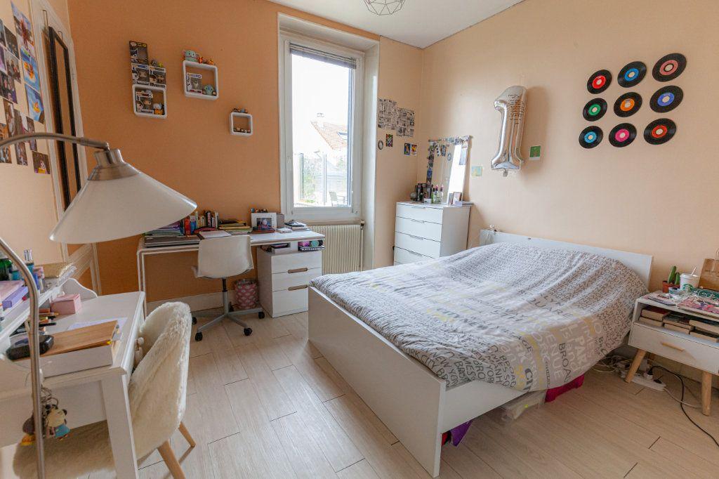 Maison à vendre 13 380m2 à Chalon-sur-Saône vignette-12