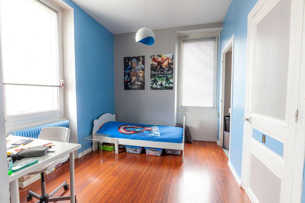 Maison à vendre 13 380m2 à Chalon-sur-Saône vignette-14