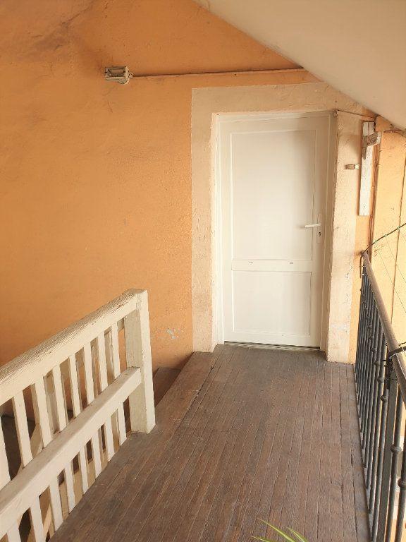 Appartement à vendre 3 46m2 à Chalon-sur-Saône vignette-1