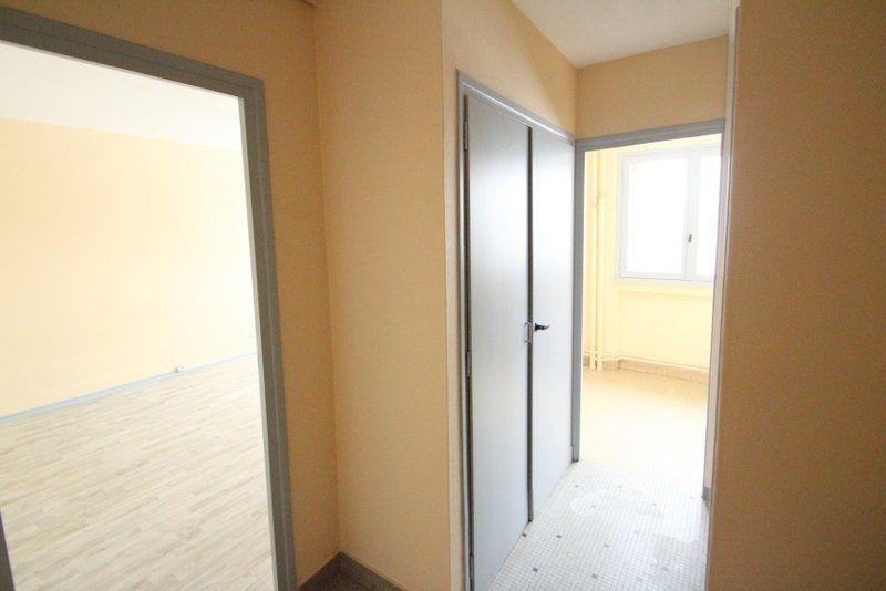 Appartement à vendre 1 30m2 à Chalon-sur-Saône vignette-5