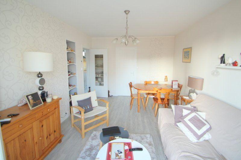 Appartement à vendre 3 50m2 à Chalon-sur-Saône vignette-1