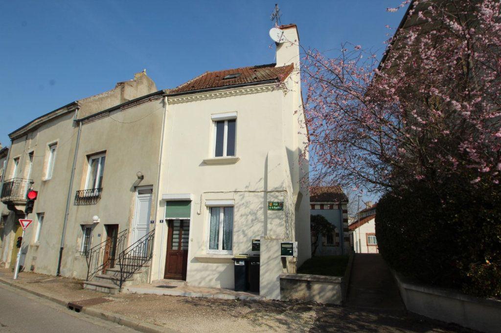 Maison à vendre 3 65m2 à Saint-Marcel vignette-1