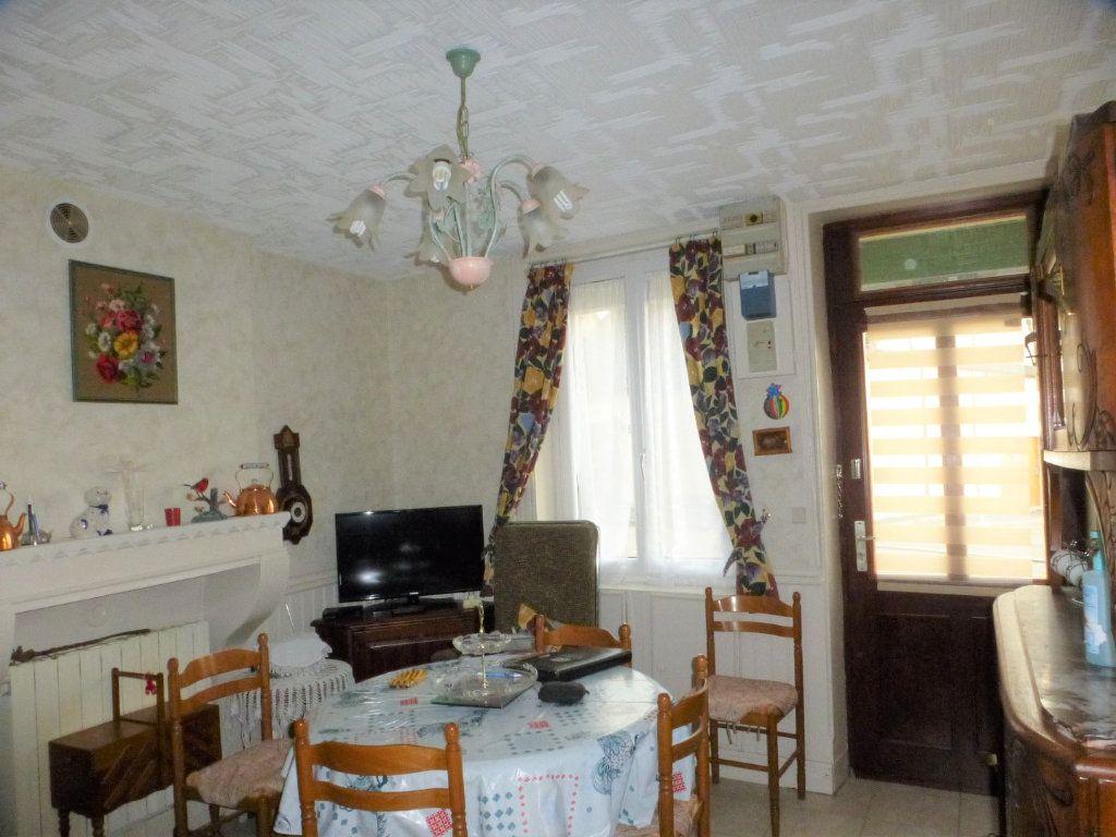 Maison à vendre 3 65m2 à Saint-Marcel vignette-2