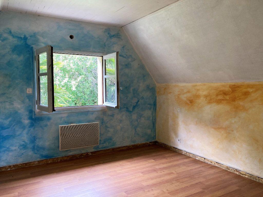 Maison à vendre 4 75m2 à Saint-Cyprien-sur-Dourdou vignette-4