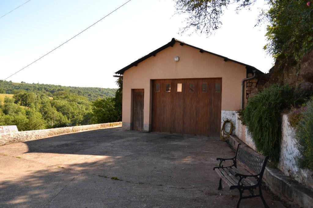Maison à vendre 4 75m2 à Saint-Cyprien-sur-Dourdou vignette-11