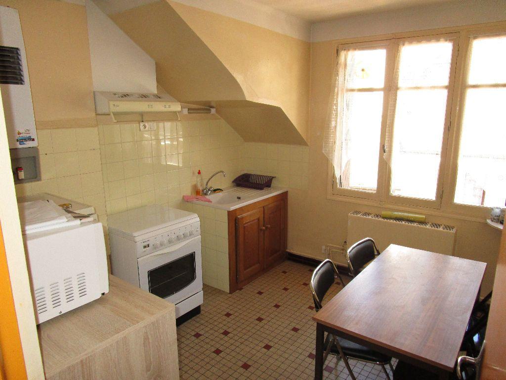 Appartement à louer 2 32m2 à Rodez vignette-2