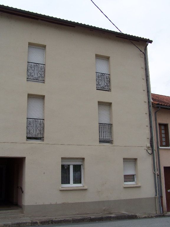 Appartement à louer 3 60m2 à Cransac vignette-6