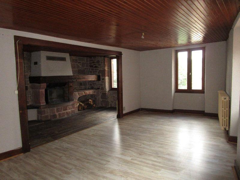 Maison à vendre 6 150m2 à Saint-Cyprien-sur-Dourdou vignette-2