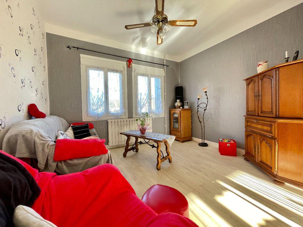 Maison à vendre 6 122m2 à Aubin vignette-1