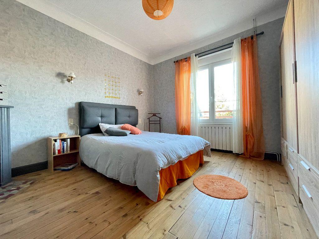 Maison à vendre 6 122m2 à Aubin vignette-5
