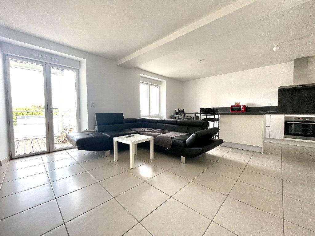 Appartement à vendre 3 65m2 à Luc-la-Primaube vignette-2