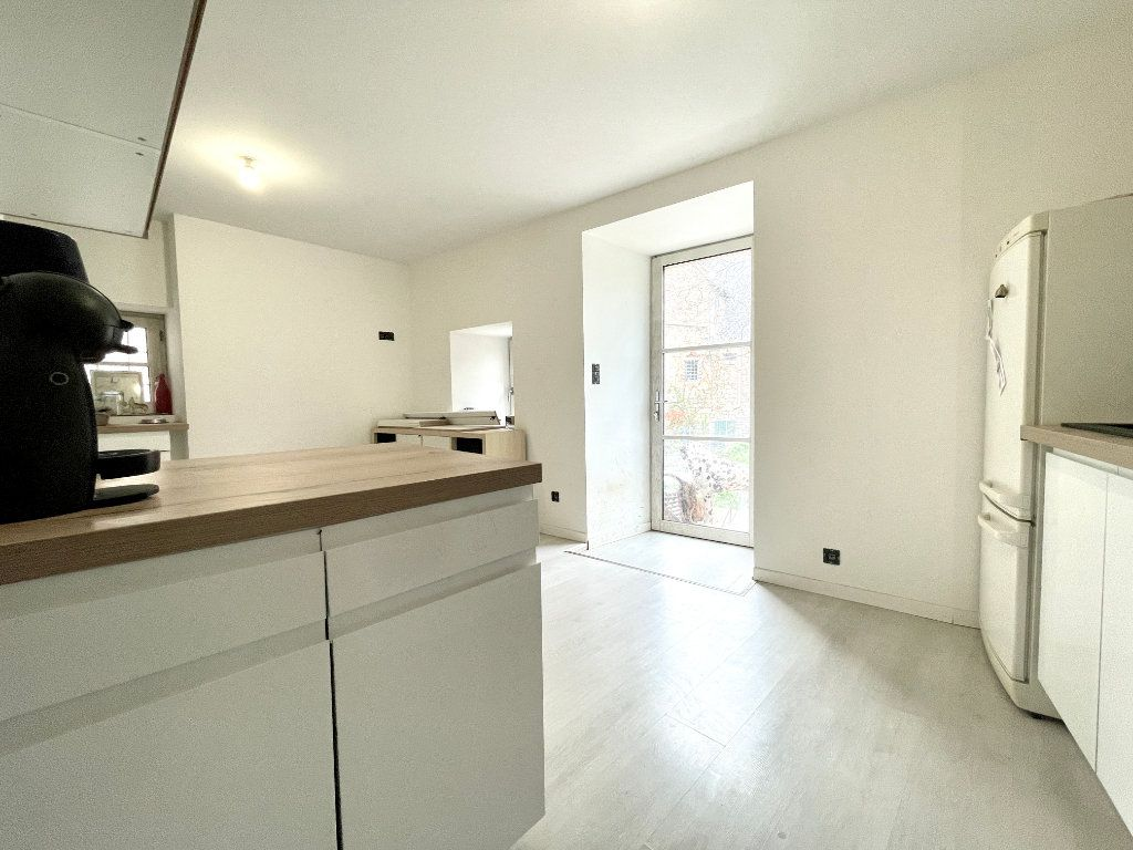 Maison à vendre 4 93m2 à Salles-la-Source vignette-3