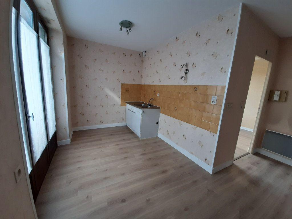 Appartement à louer 2 40.46m2 à Rodez vignette-2