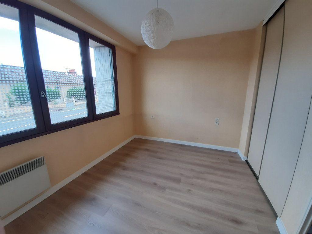 Appartement à louer 2 40.46m2 à Rodez vignette-4