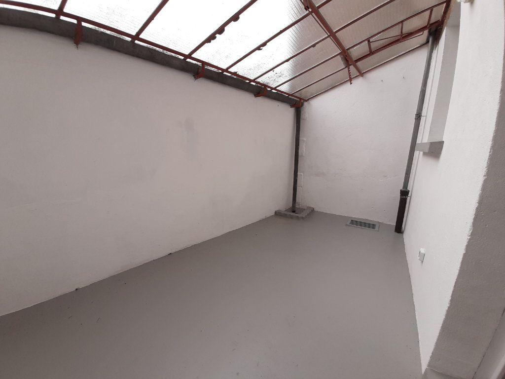 Maison à louer 2 45m2 à Marcillac-Vallon vignette-3