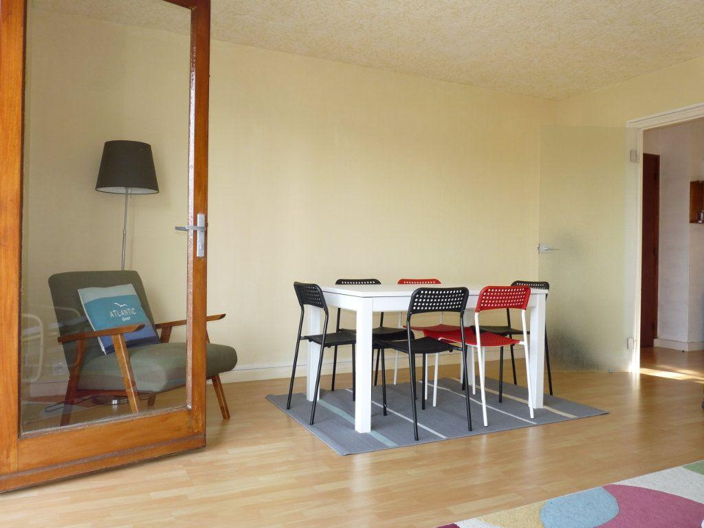 Appartement à vendre 2 49.12m2 à Royan vignette-2