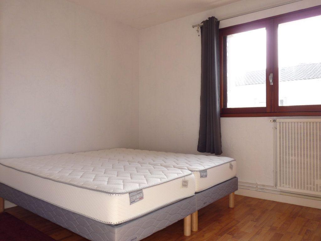 Appartement à vendre 2 49.12m2 à Royan vignette-8