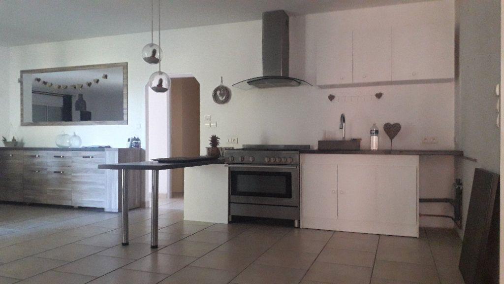 Maison à vendre 6 180m2 à Corme-Écluse vignette-4