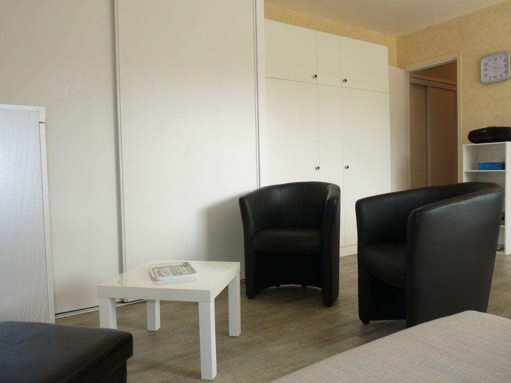 Appartement à vendre 1 30.25m2 à Royan vignette-5