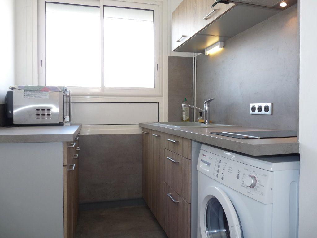 Appartement à vendre 2 52.68m2 à Royan vignette-5