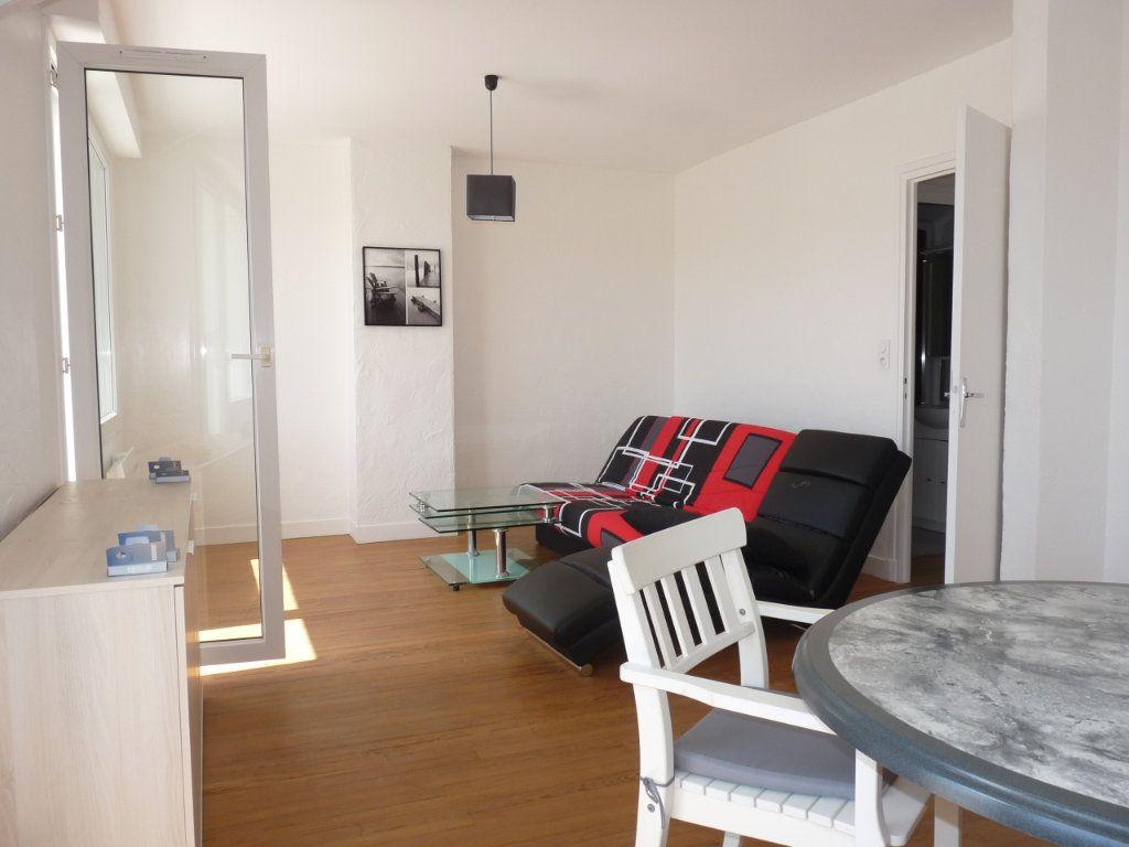 Appartement à vendre 2 52.68m2 à Royan vignette-7