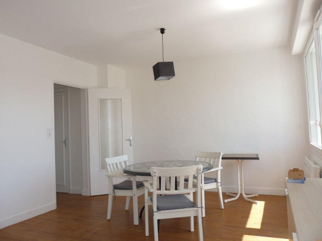 Appartement à vendre 2 52.68m2 à Royan vignette-9