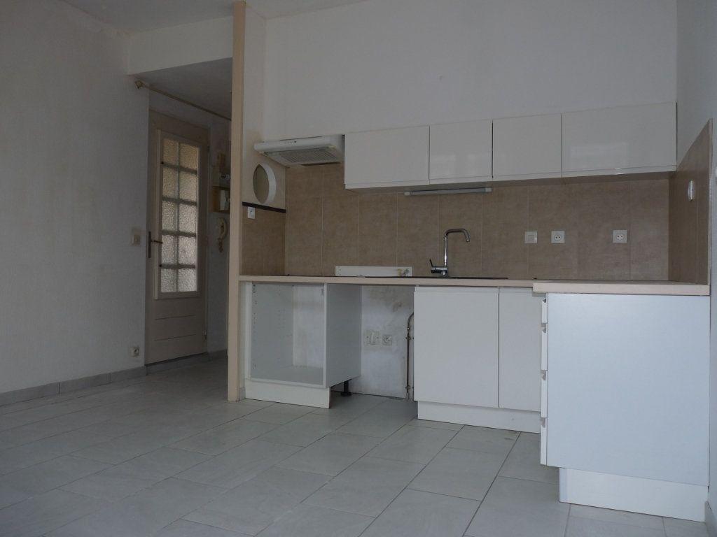 Appartement à vendre 1 22m2 à Royan vignette-1