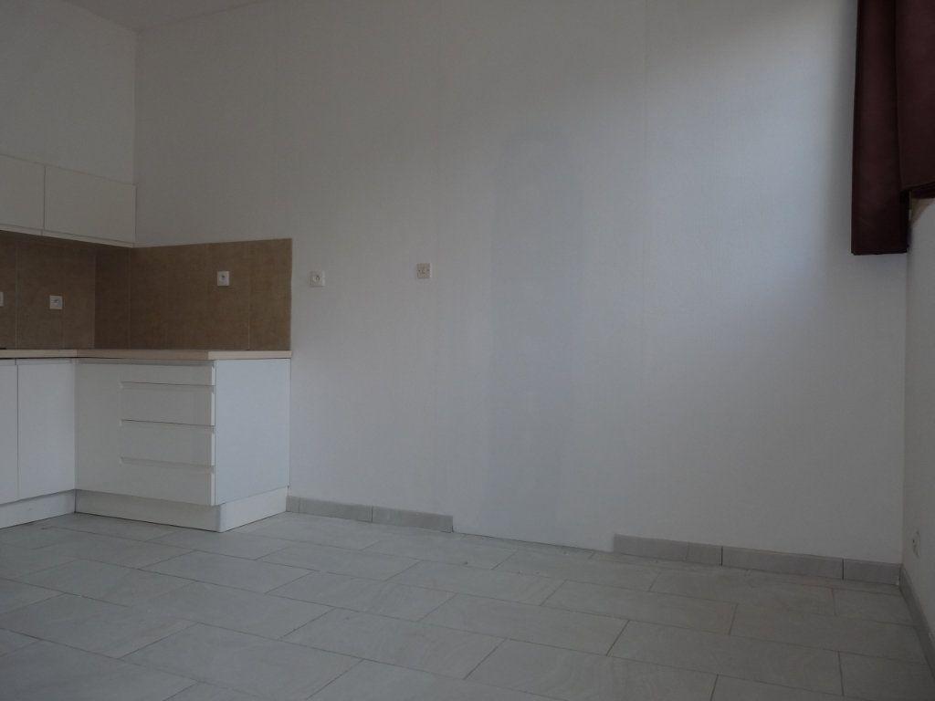 Appartement à vendre 1 22m2 à Royan vignette-3