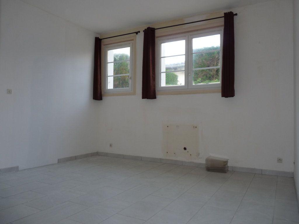 Appartement à vendre 1 22m2 à Royan vignette-4