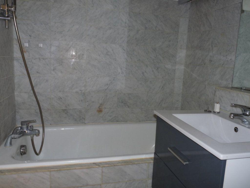 Appartement à vendre 1 26.89m2 à Royan vignette-4