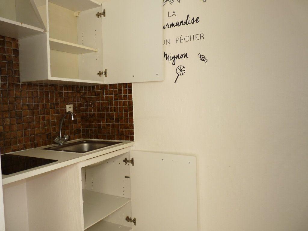 Appartement à vendre 1 26.89m2 à Royan vignette-5