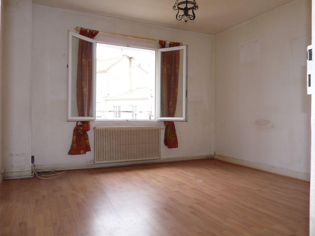 Appartement à vendre 3 68m2 à Royan vignette-3