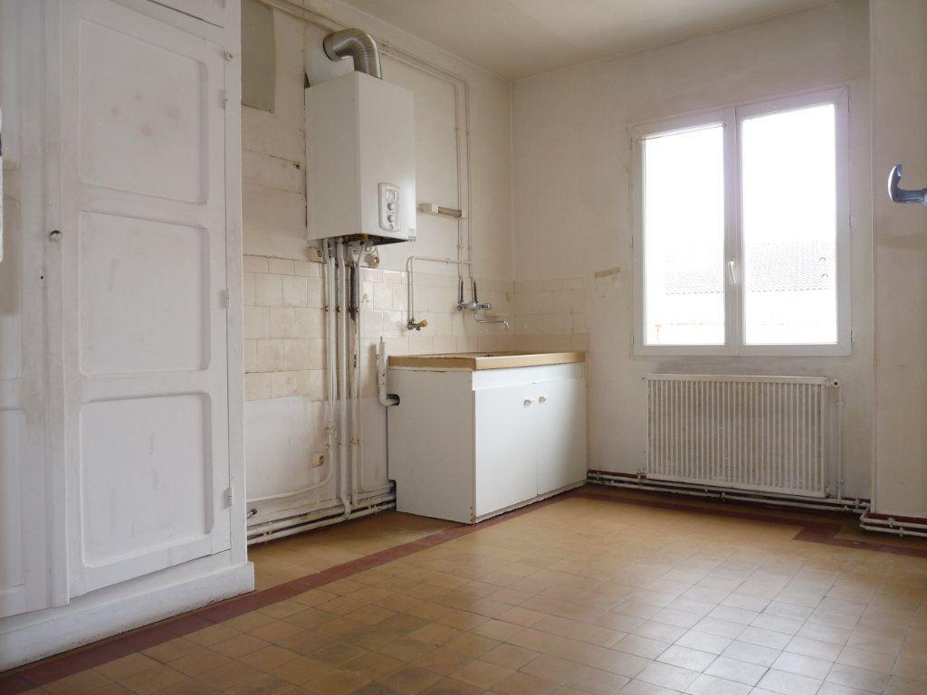 Appartement à vendre 3 68m2 à Royan vignette-6
