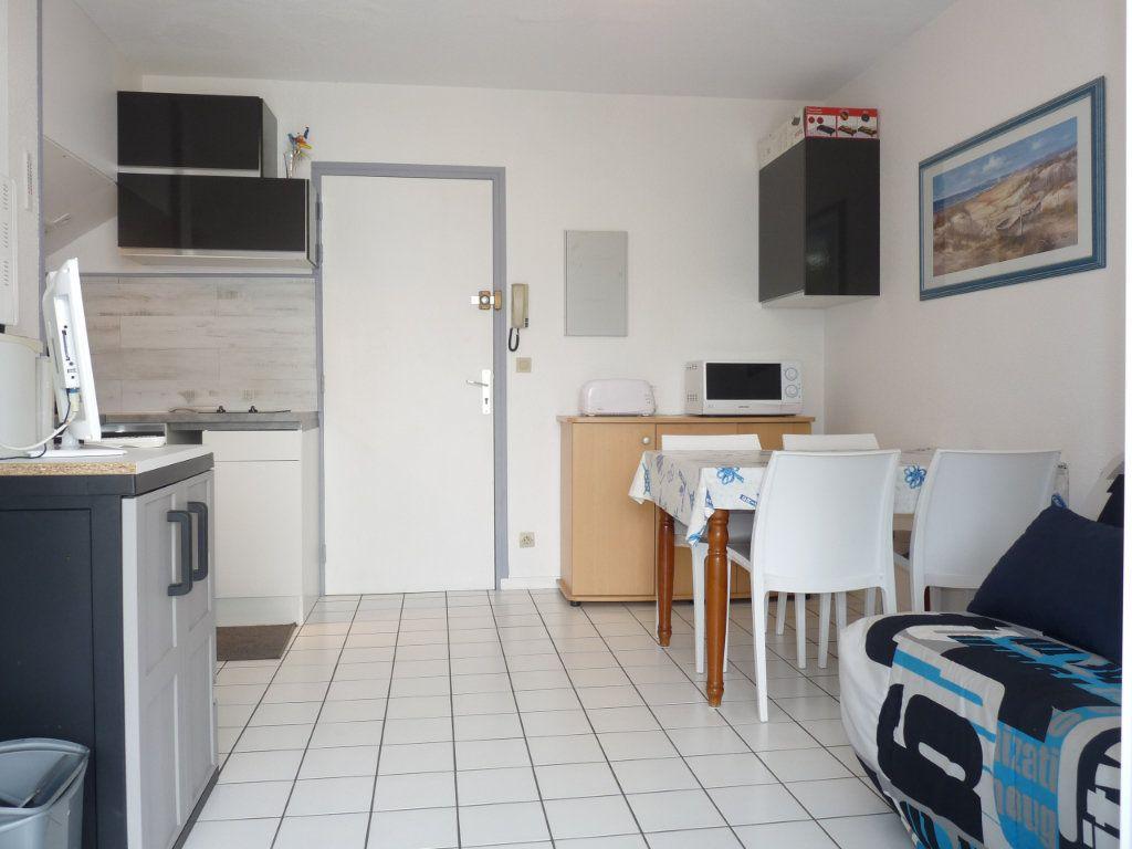 Appartement à vendre 2 25m2 à Royan vignette-3