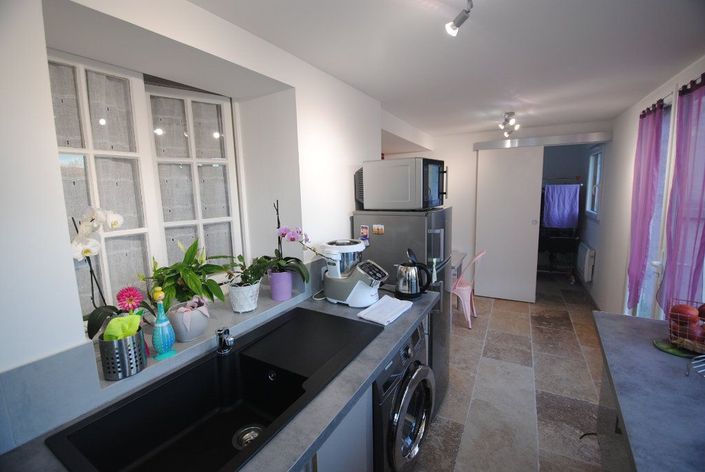 Appartement à vendre 2 48m2 à Gréoux-les-Bains vignette-1